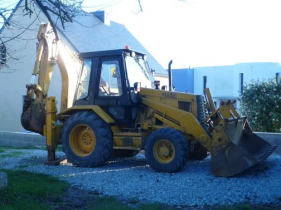 Annonce occasion, vente ou achat 'TRACTOPELLE CATERPILLAR 428B'