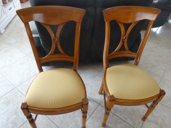 Lot De Deux Chaises Merisier