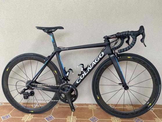 Annonce occasion, vente ou achat 'Vélo de course carbone COLNAGO V2R'