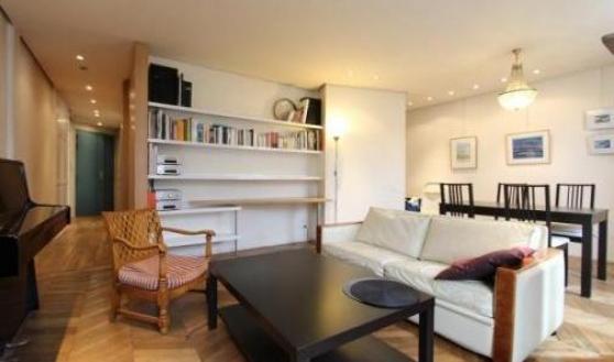 Mignon Appartement confortablement meub