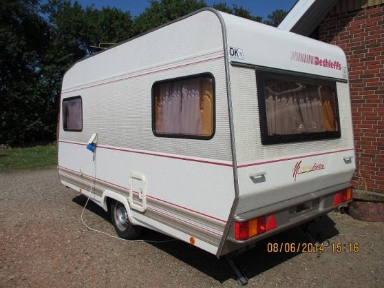caravane dethleffs rd 3 1994 caravanes camping car caravanes pierremont reference car car. Black Bedroom Furniture Sets. Home Design Ideas