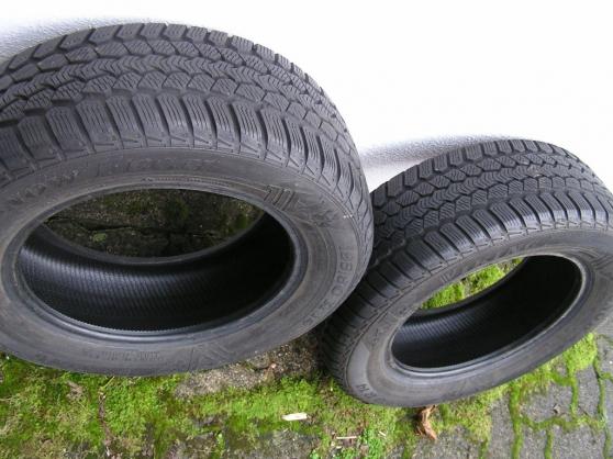 pneus hiver 195 60 r14 neige 14 pouces village neuf auto accessoires pneus village neuf. Black Bedroom Furniture Sets. Home Design Ideas