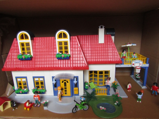 Annonce occasion, vente ou achat 'maison playmobil'