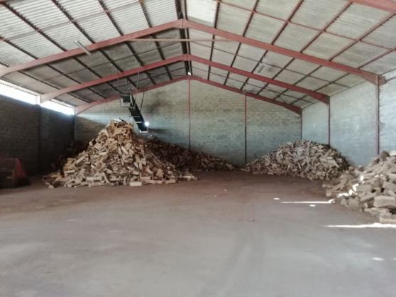 Bois de chauffage 100% chêne disponible