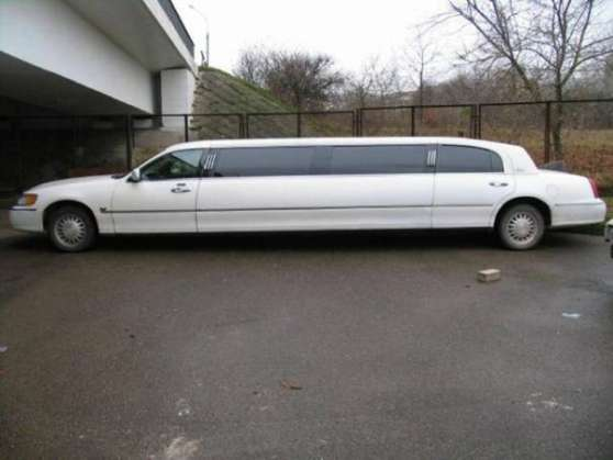 LIMOUSINE LINCOLN CLASIC