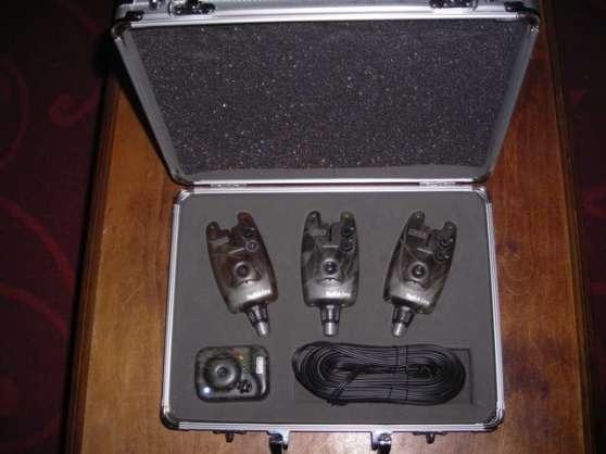 Annonce occasion, vente ou achat 'coffret 3 détecteurs + centrale camo'