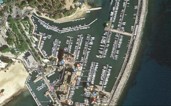 Place de port à Bormes 12m par 4.30m