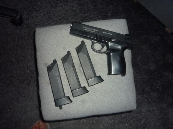 Réplique Smith & Wesson 40 F Blowback