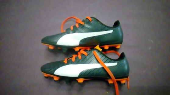Annonce occasion, vente ou achat 'Chaussures de foot taille 34'
