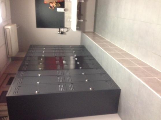 Vestiaires et parois douches cabines - Photo 3