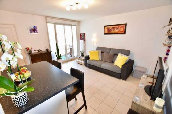 Magnifique appartement 2 pièces avec bal - Photo 2