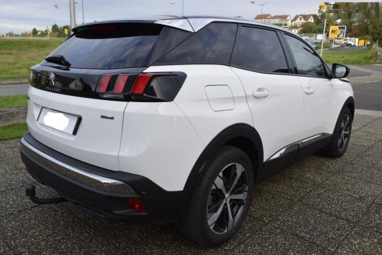 Annonce occasion, vente ou achat 'Peugeot 3008 Allure 130 CV + options'