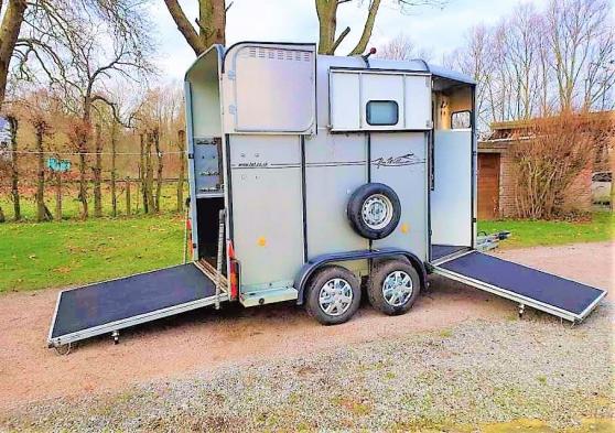 Van IFOR Grand chevaux HB 510