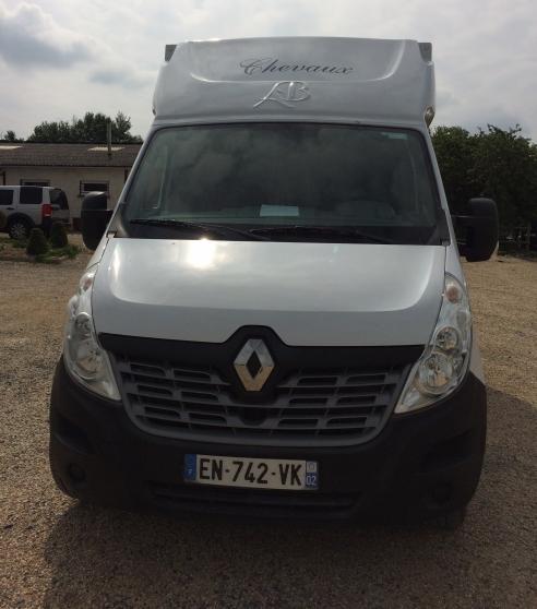 Transport chevaux Renault Master III L3