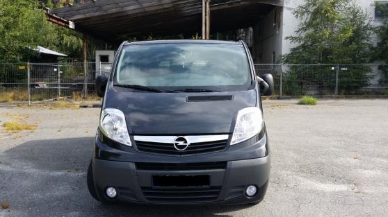 Annonce occasion, vente ou achat 'Opel Vivaro 2,0 CDTi 115cv 5 portes'