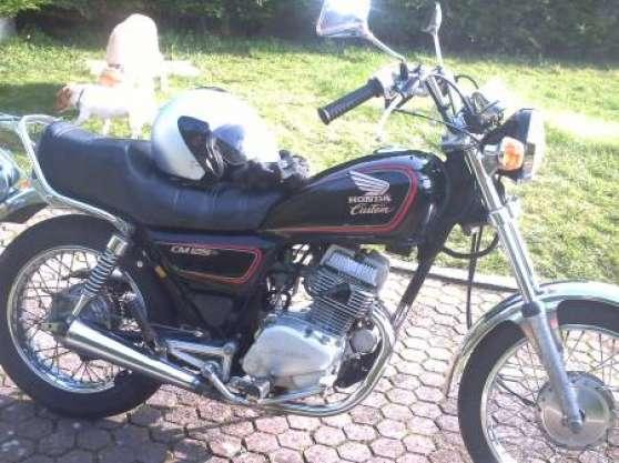 moto 125 cm custom moto scooter v lo motos honda camiers reference mot mot mot petite. Black Bedroom Furniture Sets. Home Design Ideas