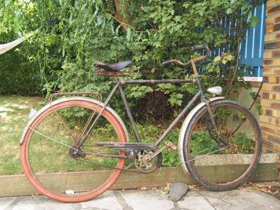 Vend vélo ancien homme