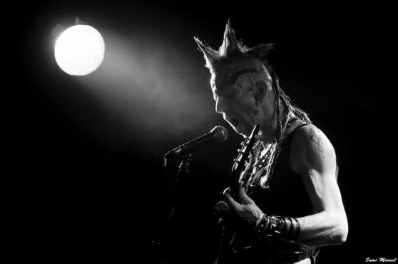Annonce occasion, vente ou achat 'Cherche CHANTEUSE punk pour nouveau band'