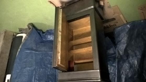 Petite Annonce : Coffre fort - Vent coffre fort avec dessus en marbre   dimension l 63  h 124  p 42