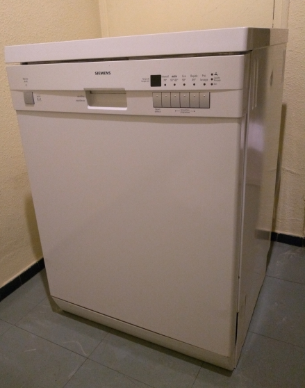 lave-vaisselle tres peu utilisé