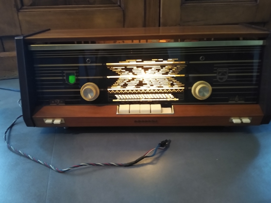 Annonce occasion, vente ou achat 'Ancienne radio Philips'