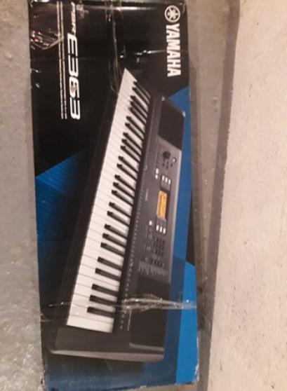 Piano électrique Yamaha modèle PSR-E363 - Photo 3