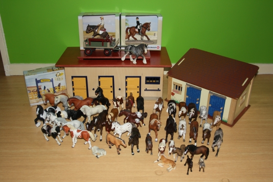 gros lot de chevaux schleich collections figurines anse reference col fig gro petite. Black Bedroom Furniture Sets. Home Design Ideas