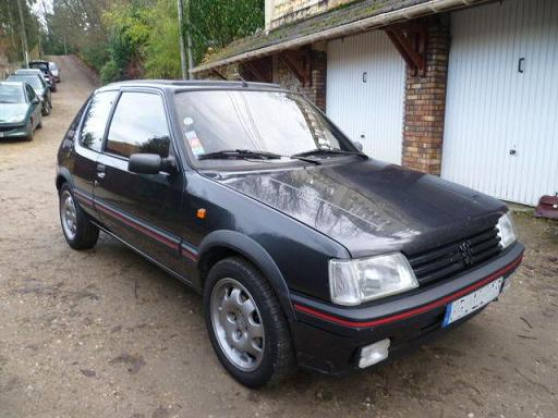 peugeot 205 gti 122 auto peugeot la rochelle reference. Black Bedroom Furniture Sets. Home Design Ideas