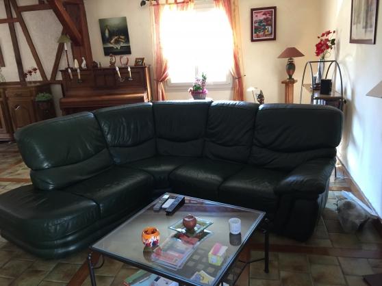 Canap cuir meubles d coration canap s brienon sur for Reparation canape cuir paris