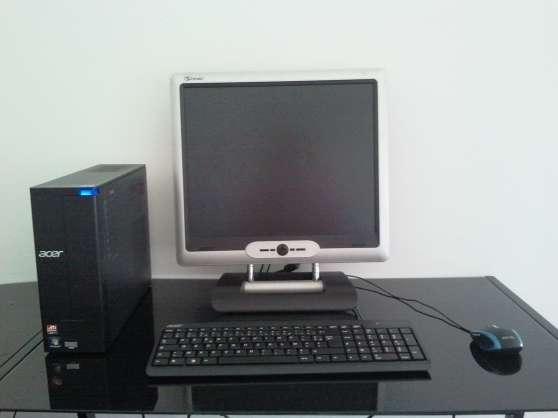 Ordinateur, écran, clavier, souris