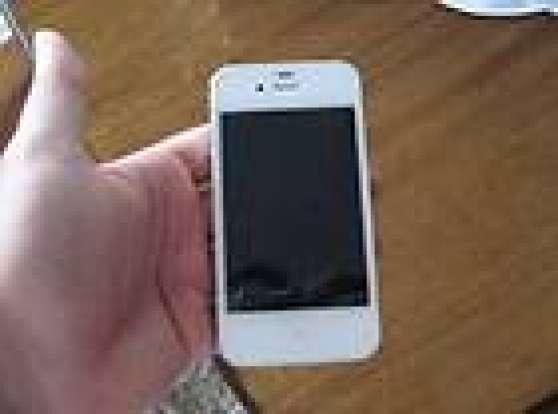 Annonce occasion, vente ou achat 'iPhone 4S 16gb Blanc débloqué'