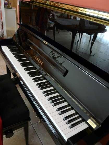 PIANO DROIT YAMAHA U1A NOIR ETAT NEUF ! - Photo 4