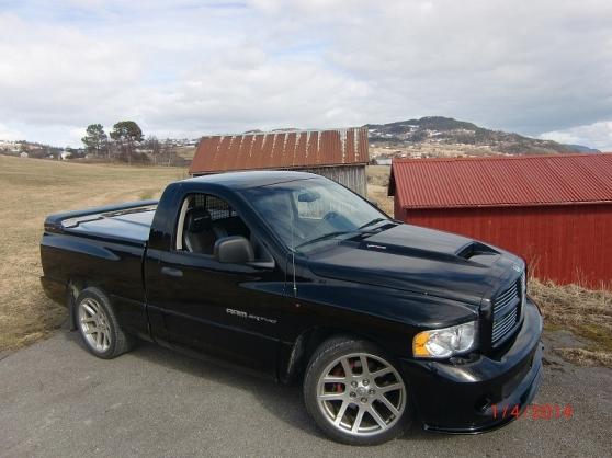 Annonce occasion, vente ou achat 'Dodge RAM SRT-10 2004'