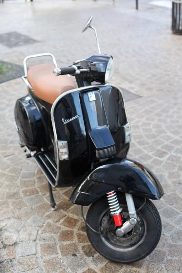 vespa px 125 moto scooter v lo piaggio vespa paris reference mot pia ves petite. Black Bedroom Furniture Sets. Home Design Ideas