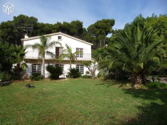 Annonce occasion, vente ou achat 'Location villa 4* vue mer à Carqueiranne'