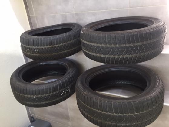 4 pneus neige neuf