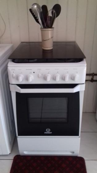 Annonce occasion, vente ou achat 'Cuisinère gaz INDESIT 4 feux'