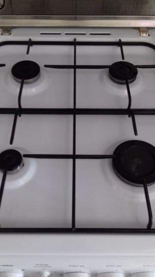 Cuisinère gaz INDESIT 4 feux - Photo 3