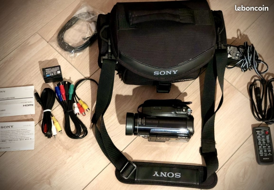 Sony HDR-HC9 Caméscope numérique Mini-DV