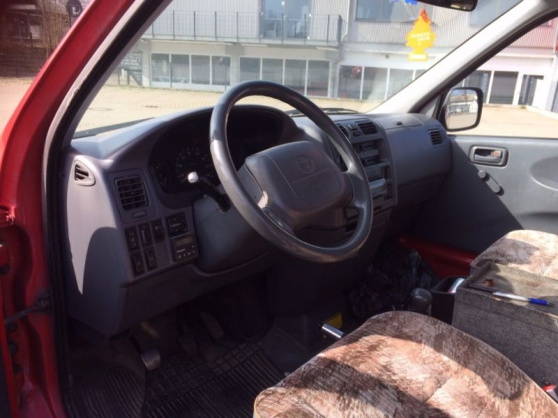 Annonce occasion, vente ou achat 'Toyota HiAce D Lang Occasion'