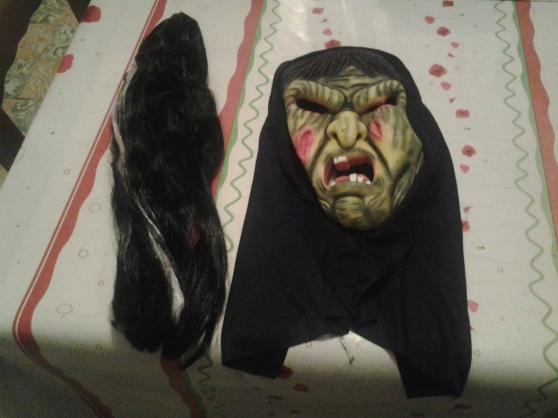 masque horreur et perruque neufs