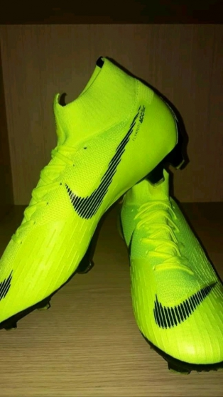 Crampon Nike mercurial superfly IV - Photo 1