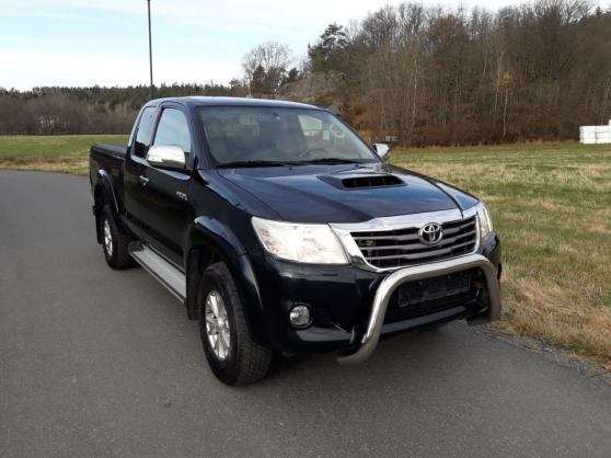 Annonce occasion, vente ou achat 'Toyota HiLux 2,5 - 144 D 4 WD Année 2012'