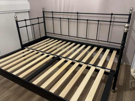 Lit simple/Double Ikea Svevik