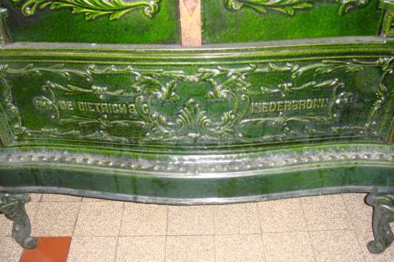 FOURNEAU de FAIENCE - Photo 3