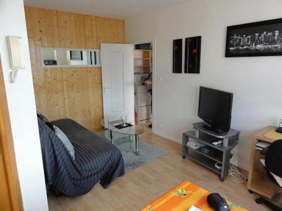 appartement sur la rochelle la rochelle immobilier a vendre appartements 2p la rochelle. Black Bedroom Furniture Sets. Home Design Ideas