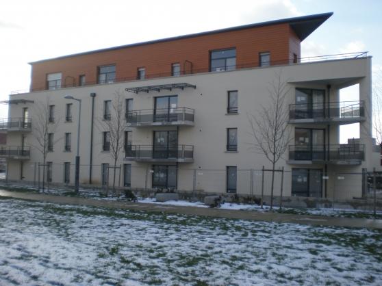 3 pièces de 65 m² disponible début 2015
