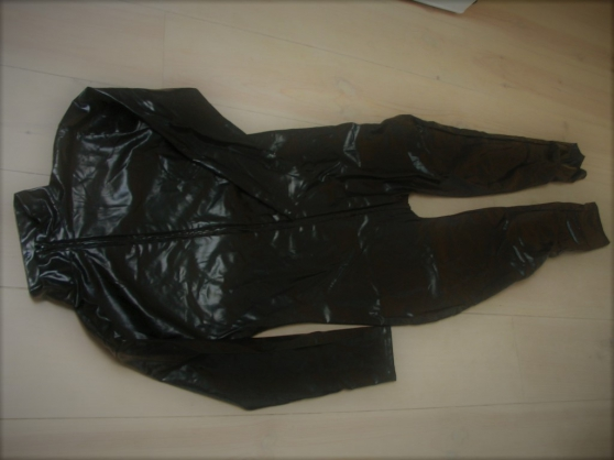 Annonce occasion, vente ou achat 'combinaison homme style latex'