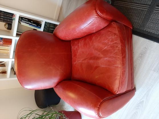 petit fauteuil club en cuir rouge