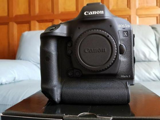 Appareil photo numérique Canon EOS 1DX M